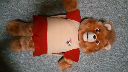 Beautiful original teddy ruxpin in fully working condition