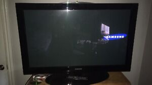 42 inch Samsung with remote 250