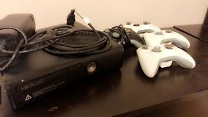 Xbox 360 & 4 controllers