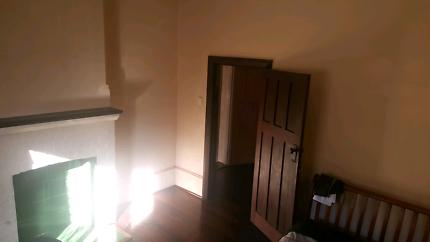 Room with NBN for rent $130 per week plus bills