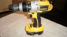 DEWALT 18V POWER DRILL AND CHARGER Casuarina Kwinana Area Preview