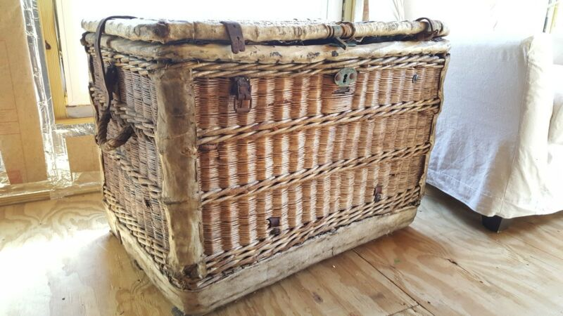Antique French/European Wicker Trunk/Chest- Rare Piece.- Stack, Table, Storage