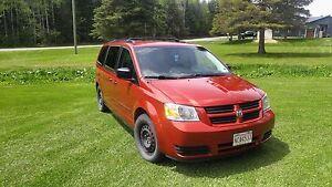 2010 Dodge caravane (Stow &Go)
