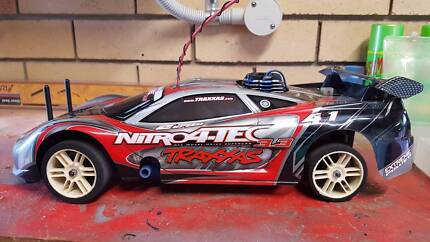 TRAXXIS NITRO RC CAR 3.3 2 SPEED