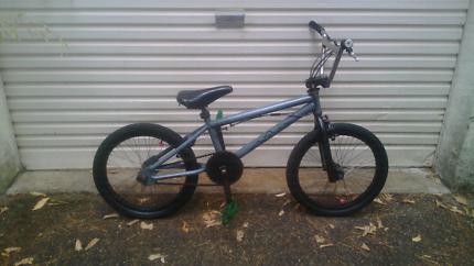 Avanti bmx bicycle