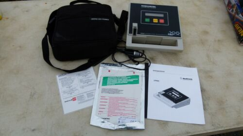 Physio-control 3005578-03 Lifepak Aed Trainer with Carrying Case & Other