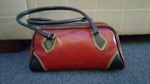 Cosmopolitan handbag