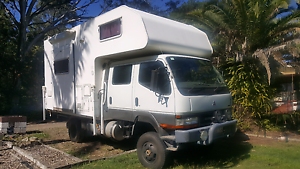 2000 mitsubishi canter dual cab 4.2L turbo diesel motorhome Gumdale Brisbane South East Preview
