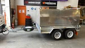 Tandem Tradesman Top Aluminum Canopy with Trailer 3 Doors & Racks Carrum Downs Frankston Area Preview