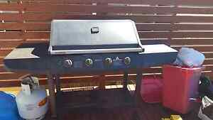 4 burner BBQ - hooded Port Macquarie Port Macquarie City Preview