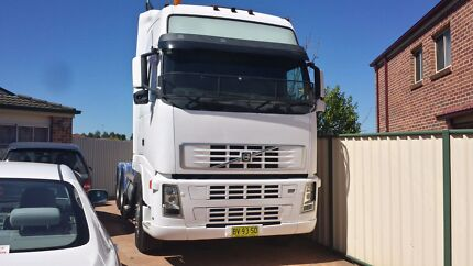 2003 volvo FH 12 500 globetrotter prime mover Hinchinbrook Liverpool Area Preview