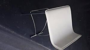 Assorted white leather bar/kitchen stools Kanahooka Wollongong Area Preview