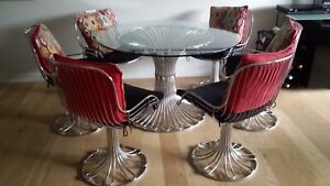 Collectors 1970's Dining Table and Six Chairs