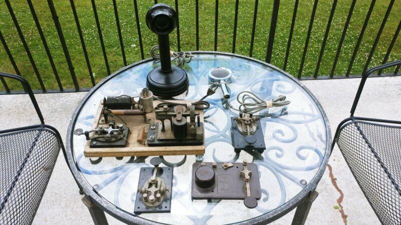 Vintage Ham Keys, mics, tube mike
