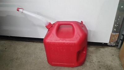 Red 5 Gallon Vented 2 Handle Midwest Gas Can 5600 Free Flow Flex Nozzle Spout