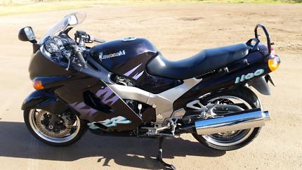Kawasaki ZZR - 1100 Bacchus Marsh Moorabool Area Preview