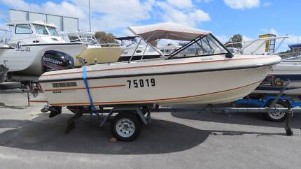 Pacemaker 470 Funrunner GREAT FIRST BOAT STURDY N SAFE