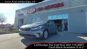 2018 Kia Forte CLEAN CARFAX, ONE OWNER, LOW KMS, AMAZING COND...