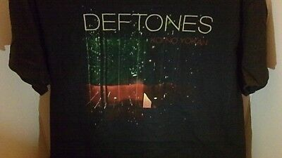 DEFTONES Koi No Yokan Tour Concert T Shirts Adult MEDIUM NEW w/o Tag Hard Rock