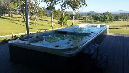 High quality, luxury spas and swim spas at wholesale prices