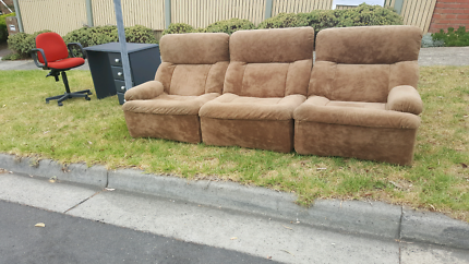 **FREE** OUT FRONT OF 70 SELLARS ST WATSONIA NORTH