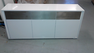 Buffet in gloss white Asquith Hornsby Area Preview