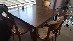Table and four chairs MUST GO TODAY (THURSDAY) Manly Vale Manly Area Preview