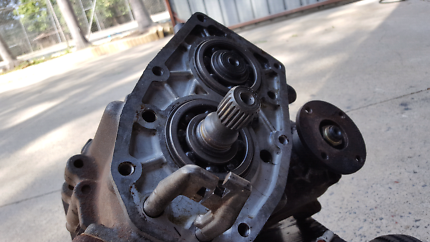 CHEAP! LN106 TOYOTA HILUX TRANSFER CASE GEARBOX