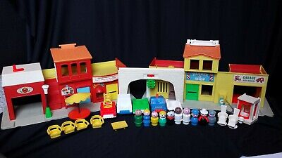 Vintage 1970s Fisher Price Little People Town Main Street
