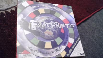 Foot prints game new $10