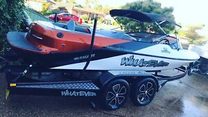 2014 Hallett venom ski boat Forbes Forbes Area Preview