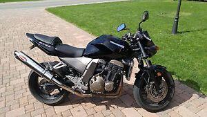 2003 Kawasaki Z750 - Excellent Condition (Cheap on Insurance)