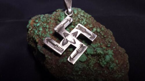 Navajo Whirling Log Pendent Sterling Silver