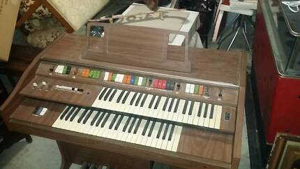 Kawai E-200 Electric Organ New Farm Brisbane North East Preview