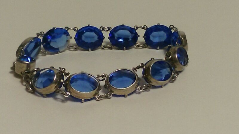 Vintage Sterling Silver Bracelet with Blue Oval Stones 7 Inches Long