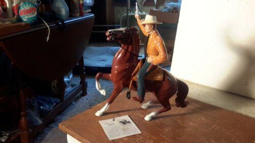 "Hartland ""CHEYENNE"" on Semi-Rearing Horse w/Saddle/Hat /Pistol  Model Western"