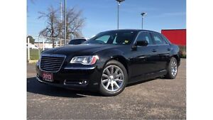 2013 Chrysler 300 TOURING**LEATHER**8.4 TOUCHSCREEN**SUNROOF**