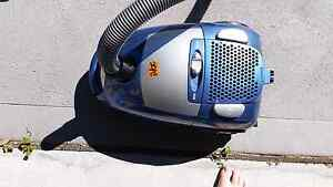 Vacuum cleaner Cameron Park Lake Macquarie Area Preview