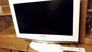 "Samsung LE23R86 - 23"" Widescreen HD Ready LCD TV - With Freeview Dulwich Hill Marrickville Area Preview"