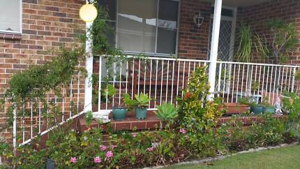 Only $30p.d Flatmates wanted today.Avail now.move today!Own room.