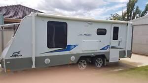 2016 Journey Caravan