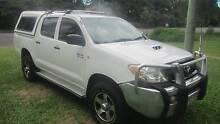 Toyota Hilux SR 4X4 Utility 2007 Cairns Cairns City Preview