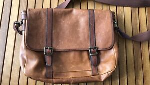 FOSSIL MESSNGER SATCHEL Cannon Hill Brisbane South East Preview