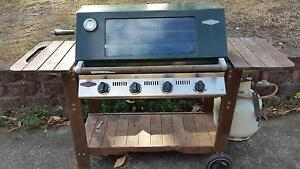 Beefeater 4 burner BBQ - Australian made. Tennyson Hawkesbury Area Preview