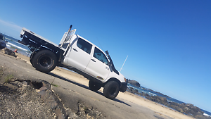 Toyota hilux 4x4 lifted, locked and on 35s great truck.. Coffs Harbour Coffs Harbour City Preview