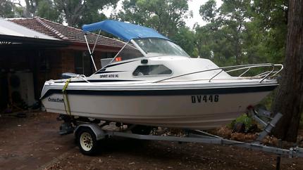 4.7m Fibreglass Cruise Craft 470XL Cuddy Cabin Boat