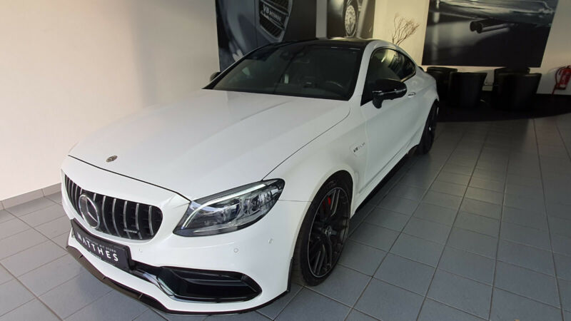 "Mercedes-Benz C 63 AMG S - Pano Widescreen 19""/20"" Performance"