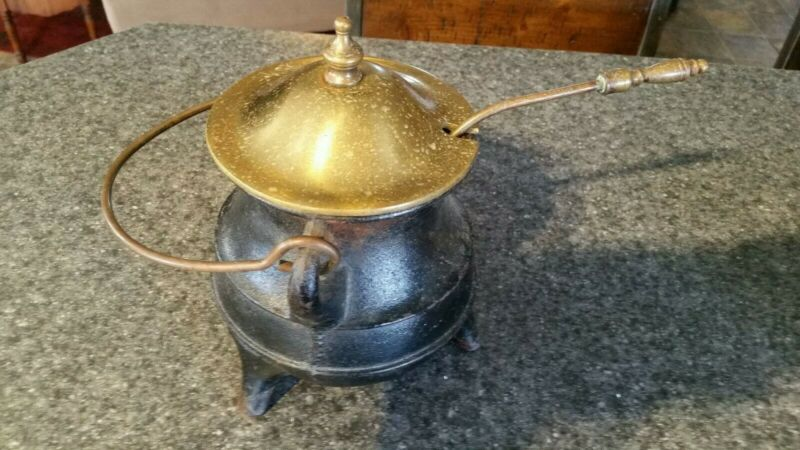 VINTAGE CAST IRON FIRE STARTER POT WITH LID AND PUMICE WAND brass lid