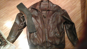 ***STYLISH DANIER LEATHER JACKET ***