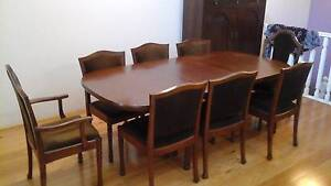 Extendable Dining Table with matching chairs Lane Cove Lane Cove Area Preview